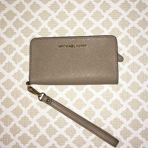 Michael Kors wrist wallet/ phone case